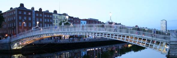 places to stay in dublin, ha'penney bridge
