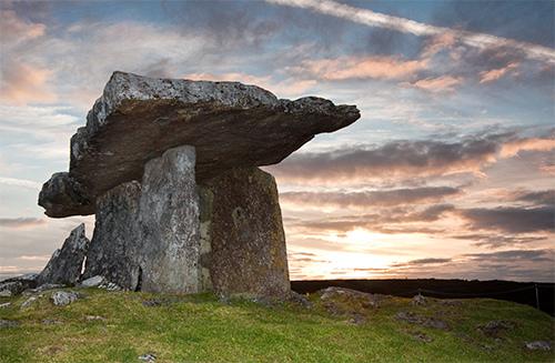 Poulnabrone Dolmen, The Burren