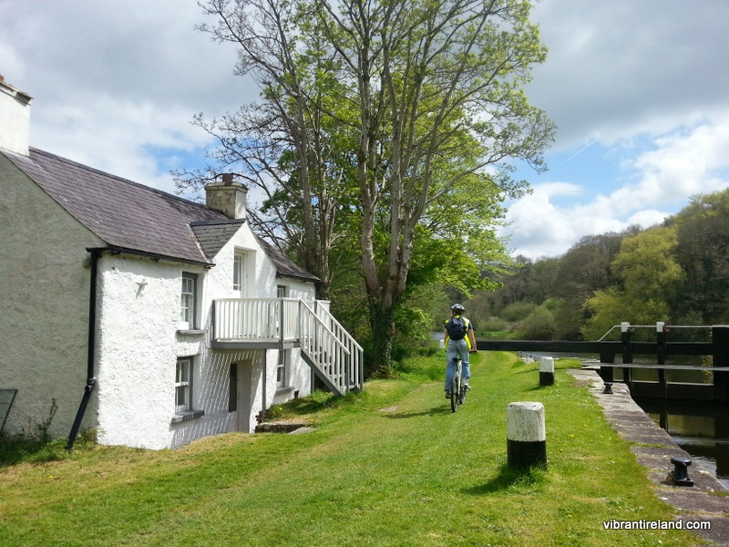 Cycling the towpath, barrow towpath